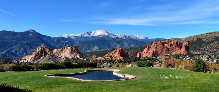 Colorado Springs Pikes Peak Behind Garden of the Gods